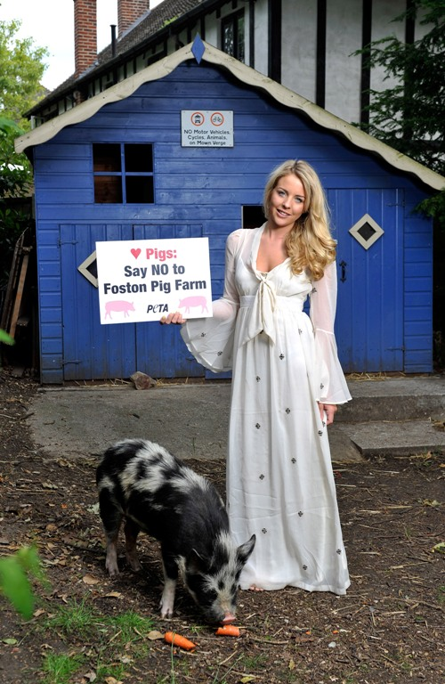Lydia Bright and Mr. Darcy - Photo: Gareth Cattermole / Getty