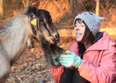 Founder of Animal Sanctuary Bags Compassionate Mum Award