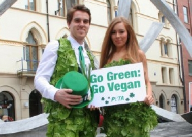 Giants Goalie Joins Sexy 'Lettuce Lady' to Bring 'Go Green, Go Vegan' Message for St Patrick's Day