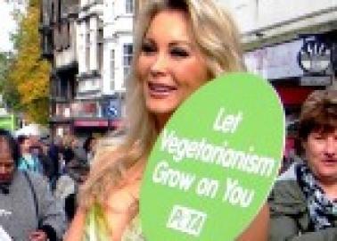 Lettuce Ladies Celebrate Vegetarian Awareness Month