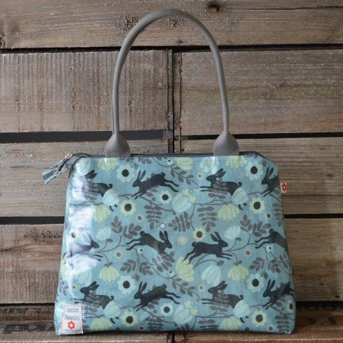 This Adorable Printed Tote Is Made From A Mix Of Linen And Cotton Oilcloth Extremely Durable