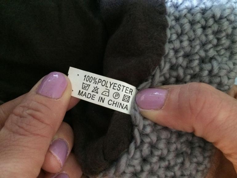 Dobbies Hat Label Detail