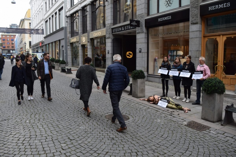 PETA protest Hermès Oslo Norway