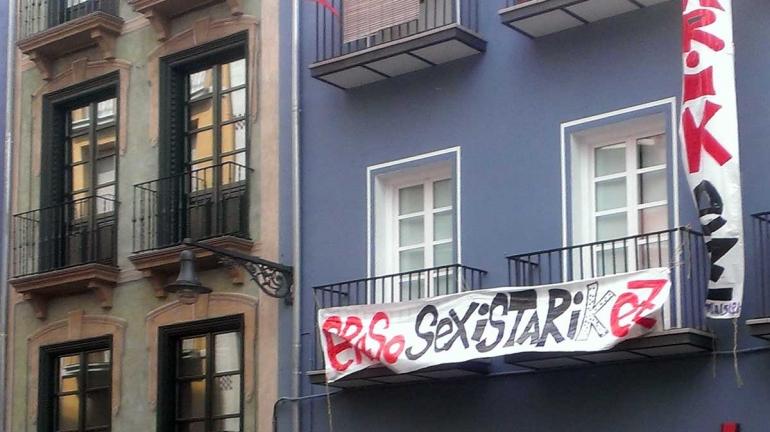Pamplona-feminist-banner