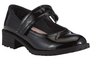 cleated sole shoes
