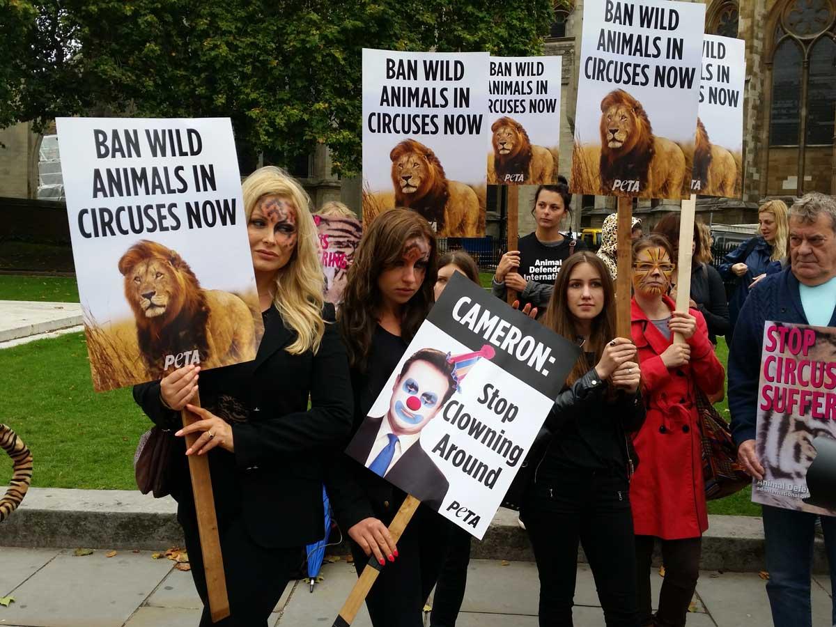 PETA-circus-demo-Victoria-Eisermann