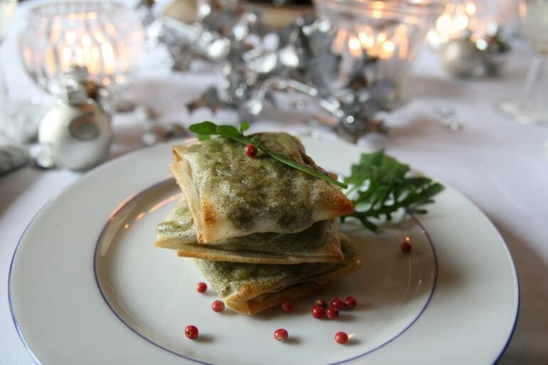 Vegan Christmas Asparagus Pastry Parcels