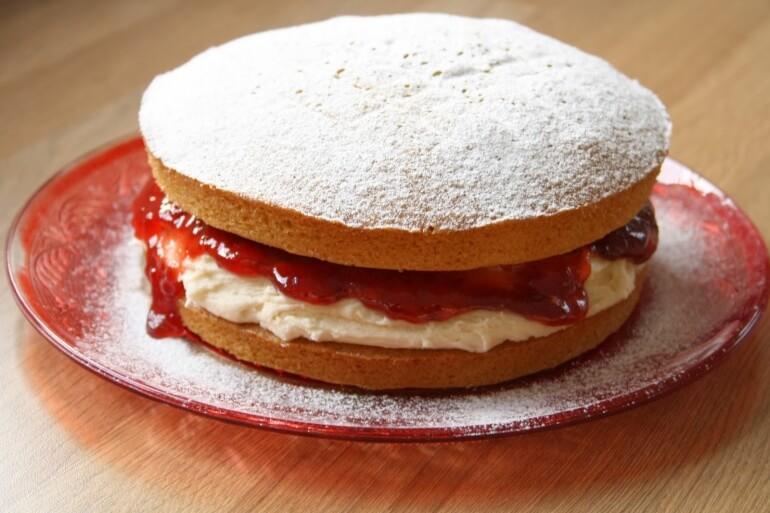 Victoria Sponge Cake British Vegan
