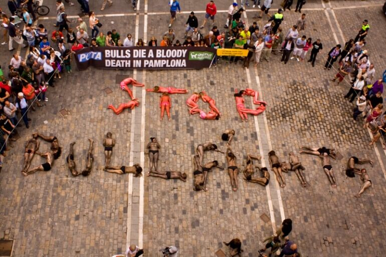 Pamplona stop bullfighting text