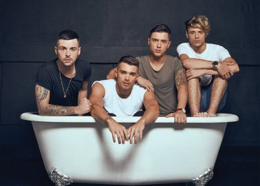 OMG: Union J! In the Bath! Sharing an Important Message About SeaWorld Cruelty!