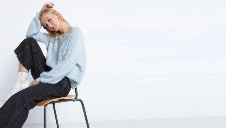 Baby blue wool-free jumper