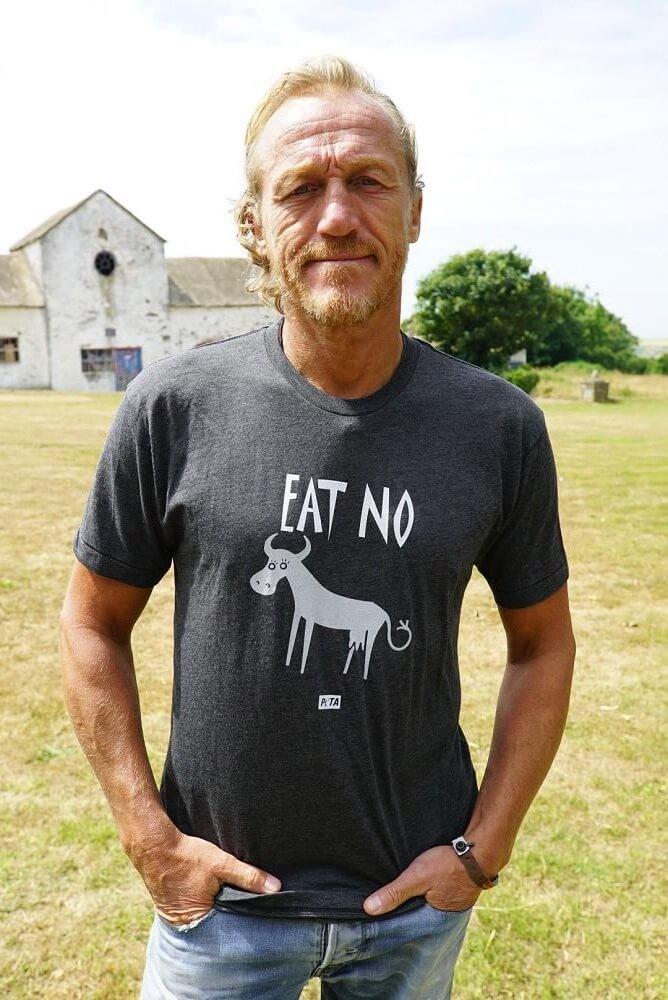 Jerome Flynn (actor / celebrity); pro-vegetarian / vegan t-shirt.