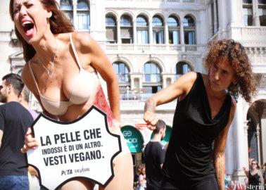 Italian Star Daniela Martani 'Skinned Alive' to Protest Leather at Milan Fashion Week