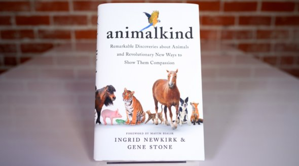 Vegan Books: 12 Books Every Animal Rights Activist Should Read This Summer