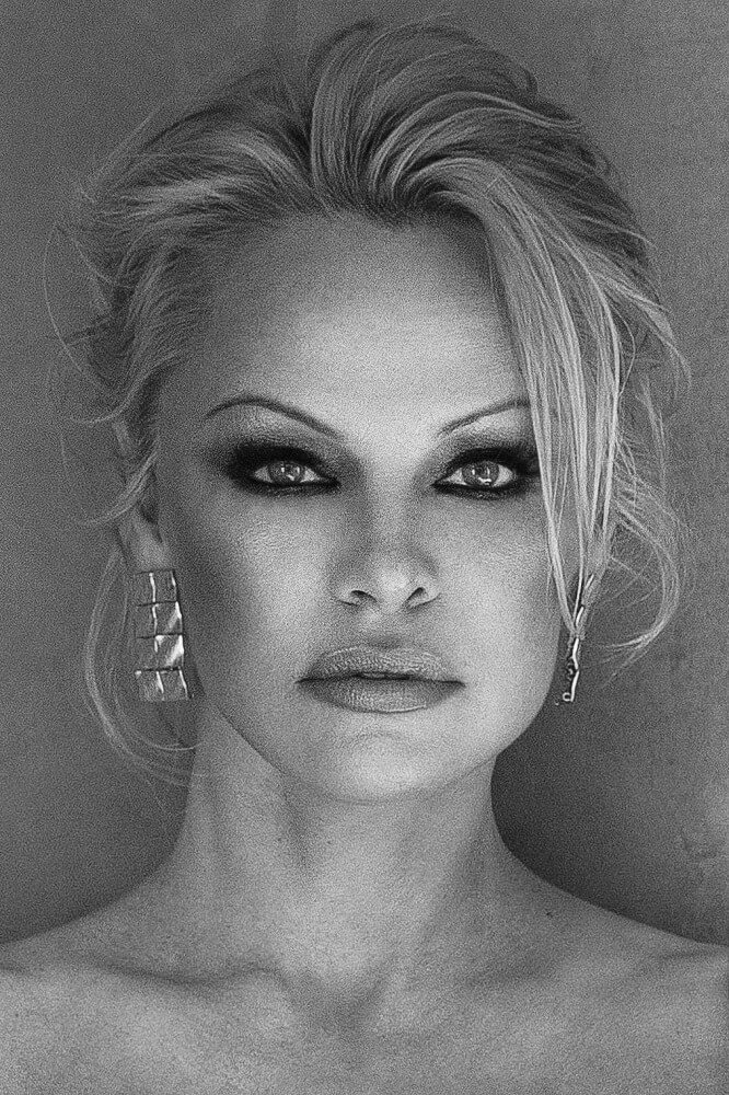 Black and white photo of Pamela Anderson