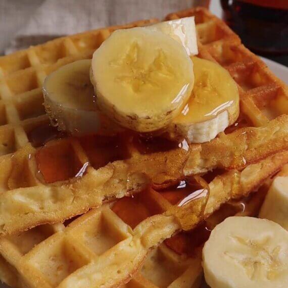 Fluffy Vegan Waffles