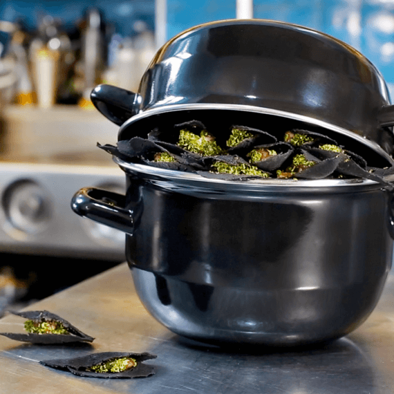 Vegan Moules-Frites by Chef Nicolas Decloedt