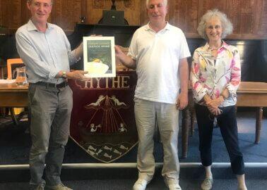 Hythe Town Council Goes Vegan and Nabs PETA Award